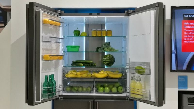 sharp-4lifehub-refrigerator-3